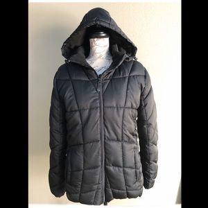 Women's XL black puffy coat great condition